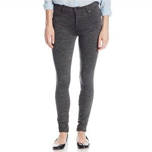 7 For All Mankind Charcoal Jegging Pant Size 25